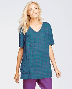 FLAX Design's FLAX Bold 2015 Treasure Tunic at Fg Clothing is on sale! #FLAXdesign women's linen pullover short sleeve shirt with large pocket