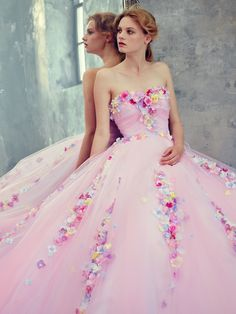 Yumi Katsura romantic floral-inspired pink gown a flirty pink dress for a pink wedding Flower Dresses, Pretty Dresses, The Dress, Pink Dress, Quinceanera Dresses, Prom Dresses, Pink Gowns, Beautiful Gowns, Dream Dress