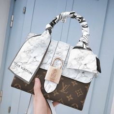 Louis Vuitton Handbags, Louis Vuitton Nails, Louis Vuitton Backpack, Louis Vuitton Neverfull, Louis Vuitton Monogram, Luxury Purses, Luxury Bags, Cute Handbags, Purses And Handbags