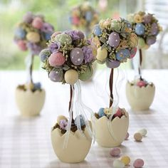 Table decoration Easter - 30 craft ideas for a happy festive mood!, decorations table Table decoration Easter - 30 craft ideas for a happy festive mood! Easter Projects, Easter Crafts, Easter Ideas, Egg Crafts, Diy Easter Decorations, Shelf Decorations, Easter Parade, Easter Celebration, Easter Holidays