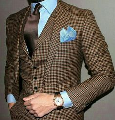 Sophistication on blues and browns with a light blue pocket square mens wear // mens accessories // casual men // mens style // urban living // gift ideas for him // gift ideas for men // quotes // for him // Father's Day Fashion Mode, Suit Fashion, Mens Fashion, Style Fashion, Fashion 2016, Gentleman Mode, Gentleman Style, Sharp Dressed Man, Well Dressed Men