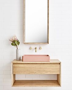 When I think about my next powder room it kinda looks like this 💕