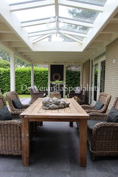 Pergola, Glass Extension, Covered Decks, Outdoor Furniture Sets, Outdoor Decor, Conservatory, Garden Inspiration, Outdoor Living, Living Spaces