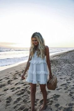 36 Trendy Summer Outfit Ideas and Looks to Copy Now Source by dresses idea Trendy Summer Outfits, Spring Outfits, Cute Outfits, Summer Dresses, Outfit Summer, Beach Dresses, Sun Dresses, Zara Dresses, Wedding Dresses