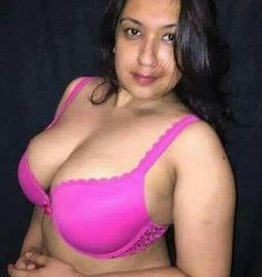 Hot Aunty