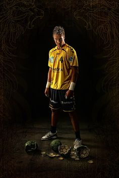"""Handball Nationalspieler und Abwehrmauer Oliver """"The Rogg"""" Roggisch:"""