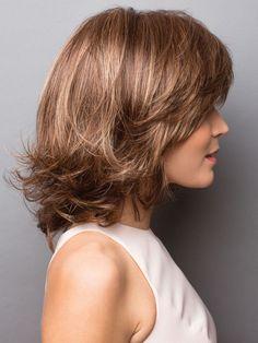 Retro-like layers create femininity and infinite style versatility. Medium Hair Cuts, Medium Hair Styles, Curly Hair Styles, Medium Layered Hair, Medium Bob Hairstyles, Straight Hairstyles, Rene Of Paris Wigs, Hair Flip, Wavy Hair