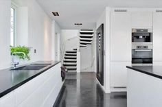 Kjøkken levert til enebolig på Bygdøy. Sigdal Kjøkken modell Lido. Design: Nina… Interior Design Living Room, Fredrikstad, Kitchen Ideas, Kitchens, Studio, Home Decor, Decoration Home, Room Decor, Kitchen