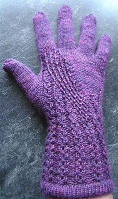 Ravelry: Galaxy pattern by Regina Satta - Knitting 2019 - 2020 Knitted Mittens Pattern, Knit Mittens, Knitted Gloves, Knitting Socks, Hand Knitting, Knitting Designs, Knitting Patterns, Knit Or Crochet, Crochet Hats
