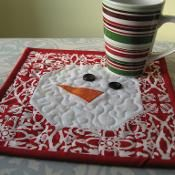Snowman Mug Rug - via @Craftsy