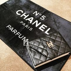 Chanel mat & Ballpoint pen ✍🏽 - SHOP♠️FOLLOW♠️SHARE - #chanelvase #chaneldecor #luxury #vanity #luxelots #chanelmat #chanelpen #chanelrug #chanelbook #stationary #chanel #decor #chaneldesign #exams #chanelno5  #college #vip #style #school #designer#fashionschool