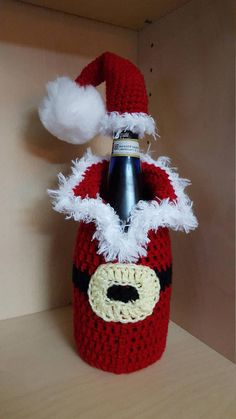 A great way to dress up your bottle for Christmas!!! This unique crochet bottle dress, is perfect for champagne bottle cover loving friends, Christmas table decorations or other occasions . Give your bottled gifts in style with this fun sweater-esque bag! They fit either a 750 ml