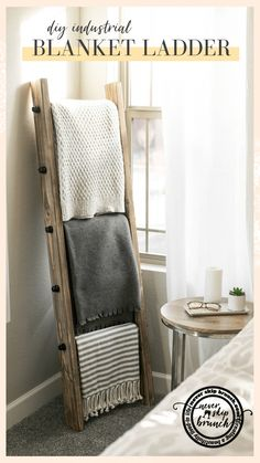 Oh my gosh this is so easy and adorable! DIY blanket ladder: Learn how to make a blanket ladder. Make an industrial blanket ladder to fit your industrial home decor. MAKE THIS: Blanket ladder living room / blanket ladder modern Diy Living Room Decor, My Living Room, Living Room Designs, Diy Home Decor, Decor Room, Small Living, Decor Crafts, Modern Living, Diy Interior