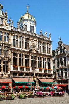 Fachada de la cafetería de Le Roy d'Espagne (Grand Place)