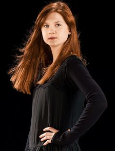 hp6 Harry James Potter, Harry Potter Characters, Harry Potter Universal, Gina Weasley, Harry And Ginny, Bonnie Wright, Casual Hairstyles, English Actresses, Celebrities