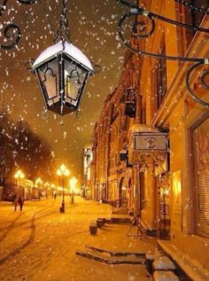 Snowy night in Moscow Russia. I've always wanted to visit Russia in the winter. Winter Szenen, I Love Winter, Winter Time, Winter Night, Moscow Winter, Snow Night, Winter Fairy, Winter Ideas, Winter Travel