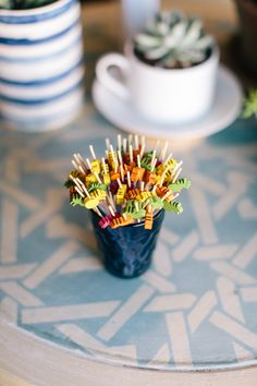 Pineapple Picks for parties and get togethers. Appetizer ideas. Pineapple Theme. Tropical colors.