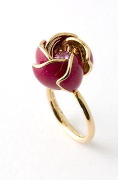Nardi Ring Gemstone Jewelry, Jewelry Rings, Jewelery, Modern Jewelry, Fine Jewelry, Ring Necklace, Ring Ring, Jewelry Collection, Amethyst