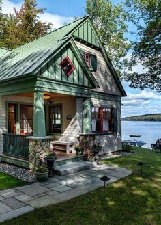 Haus am See Lakeside Maine Cottage Maine Cottage, Lakeside Cottage, Cute Cottage, Cottage Plan, Cottage Living, Cottage Homes, Lakeside Living, Country Living, Wood Cottage