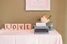 Lettre d'amour pour le mariage avec vieille dactylo.