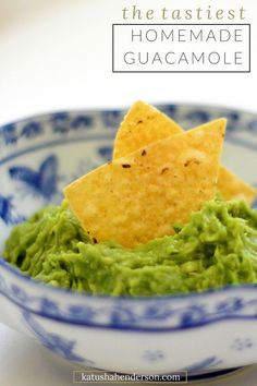 homemade guacamole recipe, cinco de mayo recipes appetizers, easy and quick appetizer recipes, delicious appetizers for a party, ready in 5 meals. Easy mexican recipes
