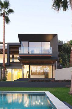 livingpursuit:  Villa C | Richard Guilhem