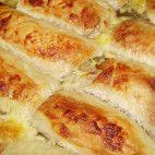 Mäsové závitky • recept • bonvivani.sk Pizza, Cheese, Food, Meal, Essen, Hoods, Meals, Eten