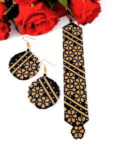 Peyote stitch bracelet and earrings pattern, brick stitch pattern Peyote stitch bracelet and earring Diy Seed Bead Earrings, Seed Bead Jewelry, Beaded Earrings, Seed Beads, Beaded Jewelry, Jewelry Bracelets, Peyote Beading Patterns, Seed Bead Patterns, Bracelet Patterns