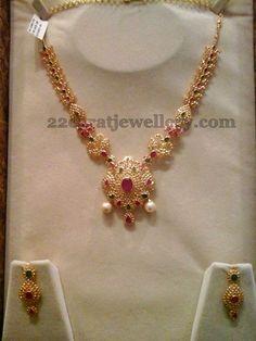 Jewellery Designs: 42 Grams Floral Necklace in Uncut Diamonds