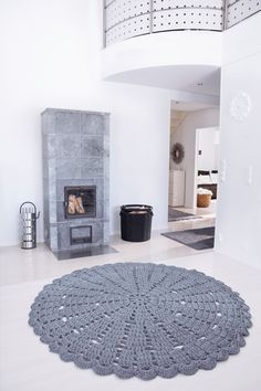 Hooked Design grey lace carpet 200 cm 787 in by HookedDesignFin, $995.00
