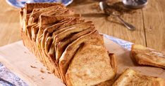 Mindennapi kenyerünk - készítsd házilag! Tea Sandwiches, Recipes With Yeast, Actifry, Snacks Für Party, Churros, Panna Cotta, Pancakes, Sweets, Cookies