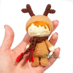 Are you ready to get into the Christmas spirit? This unusual Christmas toys is perfect for your Christmas tree, table, for the children's room, for your office or where you want... Merry Christmas! - color: one color available, open custom order to request another color. - size: about 11-13 cm. - materials: Wool Yarn, Acrilyc Yarn 100% Polyester Fiberfill Safety Eyes Felt Care: hand wash 30 ° C Age 3+ Thank you so much for visiting my page.