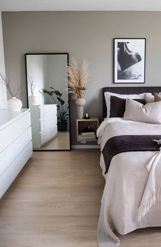 Small Space Bedroom, Small Spaces, Apartment Chic, Decorate Apartment, Colorful Apartment, Bedroom Apartment, My New Room, Home Furnishings, Home Furniture