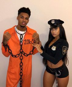 99 Modern Halloween Couples Costumes Ideas To Try Asap 99 moderne Halloween-Paare Kostüme Idee. Easy Couple Halloween Costumes, Best Couples Costumes, Costume Halloween, Halloween Outfits, Halloween Couples, Couple Costume Ideas, Hot Couple Costumes, College Couple Costumes, Halloween Ideas