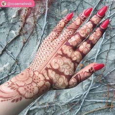 Tattoo Rose Arm Ideas Awesome Ideas For 2019 Indian Mehndi Designs, Stylish Mehndi Designs, Latest Mehndi Designs, Bridal Mehndi Designs, Mehndi Tattoo, Henna Tattoo Designs, Mehndi Art, Henna Mehndi, Tattoo Ideas