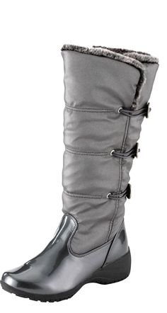 Look ultra-fashionable (even through -20° freezing temperatures) in these satin and patent faux leather boots from Khombu.