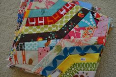 Attacking the Pile! The Scrap Hoover quilt block Scrappy Quilts, Easy Quilts, Quilting, Rag Quilt Patterns, String Quilts, Extra Fabric, So Little Time, Fabric Scraps, Quilt Blocks