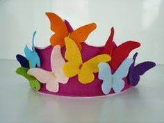 Felt crown of butterflies. Felt crown of butterflies. Felt crown of butterflies. Felt crown of butterflies. Hat Crafts, Diy And Crafts, Crafts For Kids, Arts And Crafts, Felt Crown, Crazy Hats, Crafty Kids, Felt Toys, Summer Crafts
