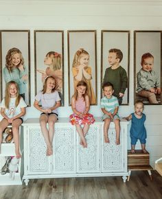 Family Room Walls, Family Wall Decor, Kinra Girl, Fab Five, Home Upgrades, Kids Prints, Beautiful Family, Family Pictures, Future Baby