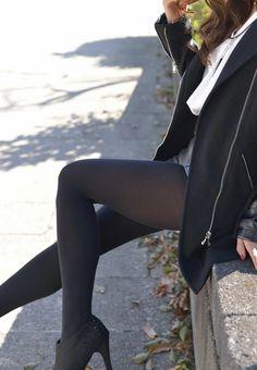Sheer Tights, Black Tights, Thigh High Socks, Fashion Tights, Black Stockings, Fantasy Women, Sexy Asian Girls, Leather Pants, Hosiery