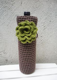 Crochet Wine Bottle Cozy! | Putting this on the Christmas list for Grandma!