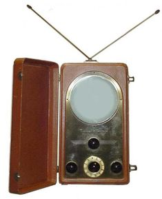 Tele-Tone TV208TR portable 7 inch TV from 1948