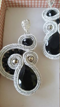 orecchini soutache interamente fatti a mano,fashionable earrings