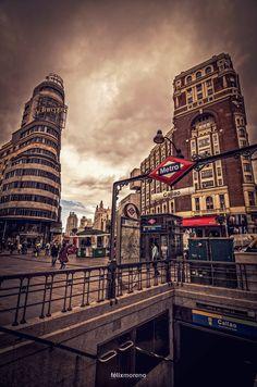 Mis rincones de Madrid. Metro Callao. by © Félix Moreno Palomero #364 of #365Photos #Reto #Rojo
