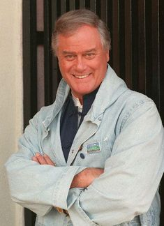 Actor Larry Hagman, who starred in 'Dallas' and 'I Dream of Jeannie' dies at age 81