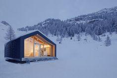 Courmayeur Ski & Snowboard School / LEAPfactory
