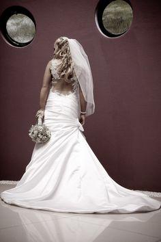 Fishtail Satin Mermaid Size 8 Used Wedding Dress   Still White