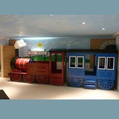 Children's built to last train bed. Choo Choo hop onboard and see where your child s imagination will take them A great bed for Thomas the Tank Engine and Train enthusiasts.