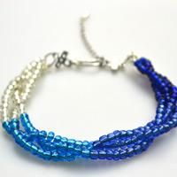 How to make bead jewelry patterns-seed bead bracelet instructions http://lc.pandahall.com/articles/103-how-to-make-bead-jewelry-patterns-seed-bead-bracelet-instructions.html