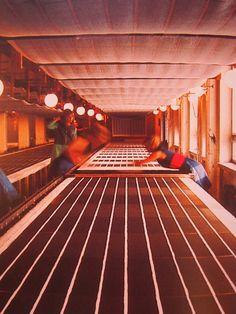 textileconvo: Marimekko's early fabric printing room… marimekkouppereastside: Our early fabric printing room in Helsinki. Diy Screen Printing, Screen Printer, Printing On Fabric, Marimekko, Textile Patterns, Textile Prints, Textiles Techniques, Helsinki, Architecture